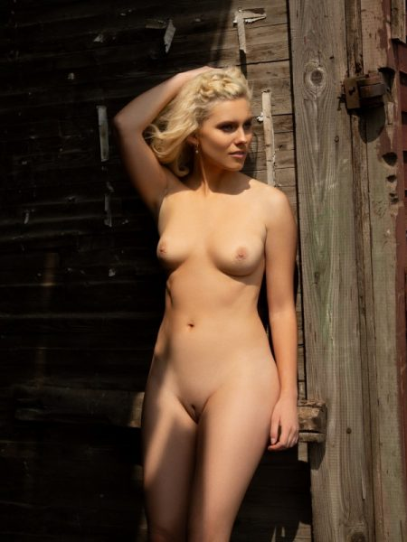 Jenessa Dawn nude for Playboy